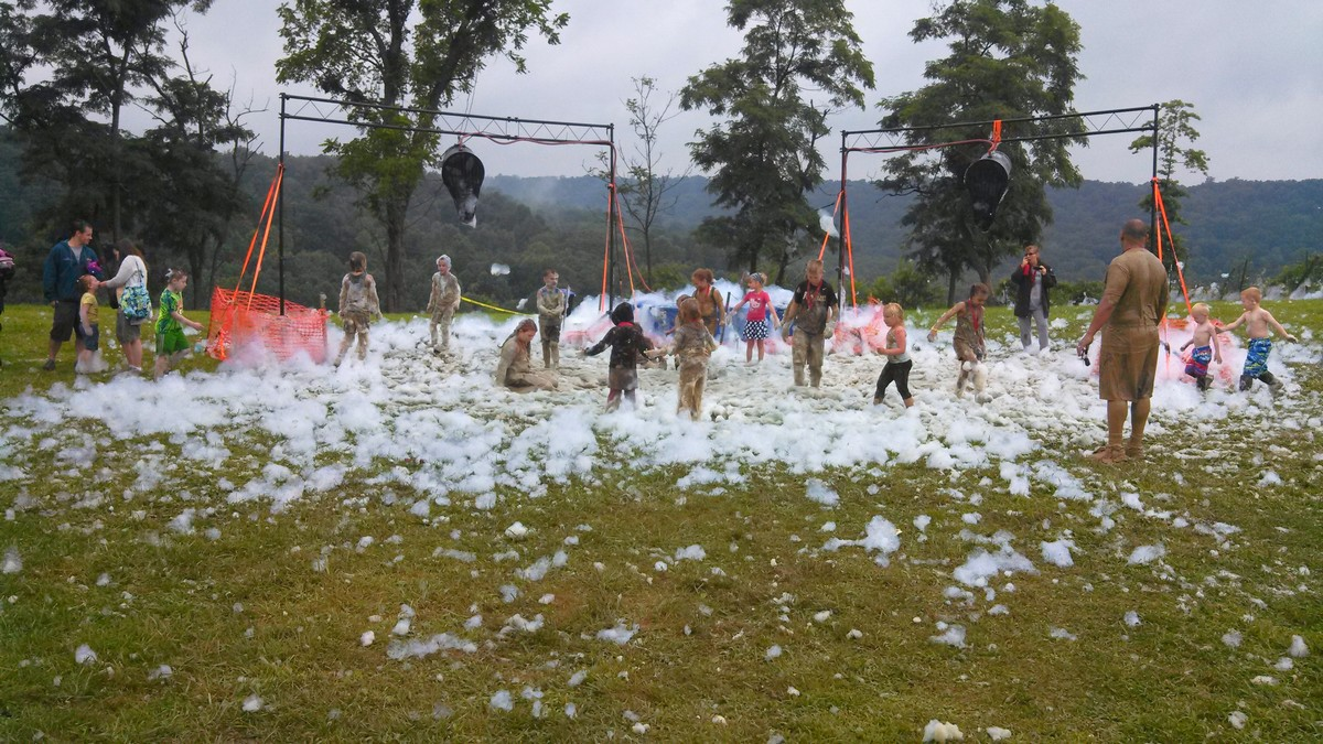 A foam party for the kiddos, who also had their very own course!